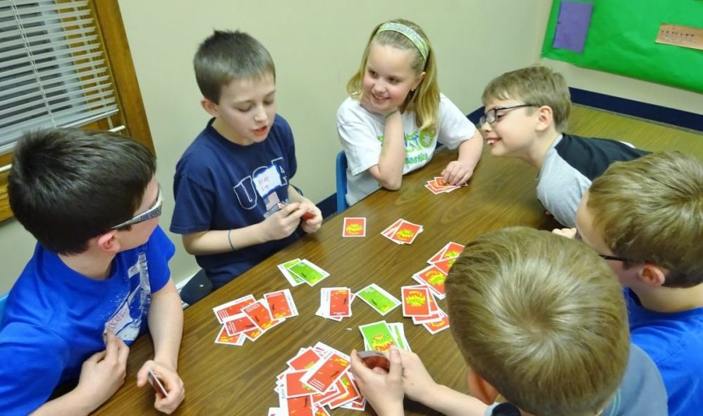 The absolute Most Popular Card Games For Kids | Juara